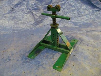 Screw Type Reel Stands Item #11