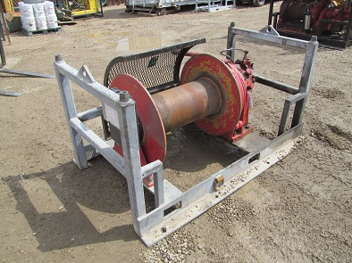 UW50A30 Winch - Click to Enlarge